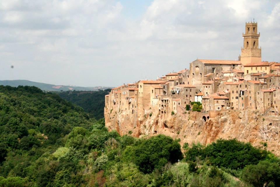 veduta di Pitigliano in Toscana