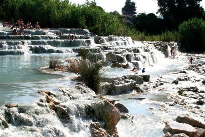 cascate del mulino alle terme di saturnia