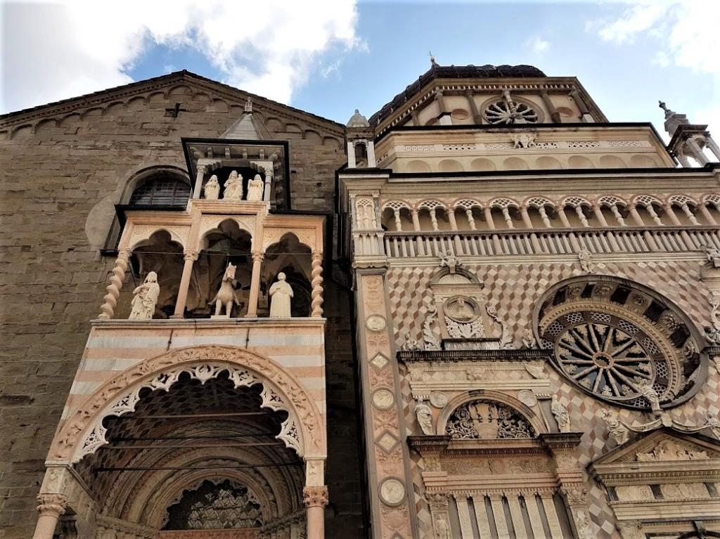 La bellissima Piazza del Duomo di Bergamo