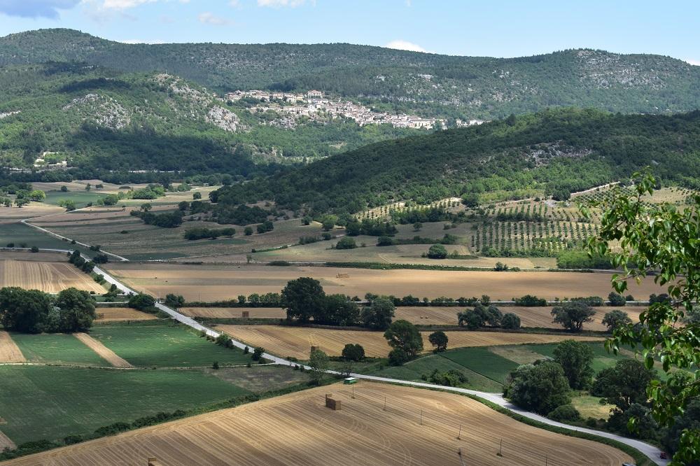 Panorama circostante le Grotte di Stiffe