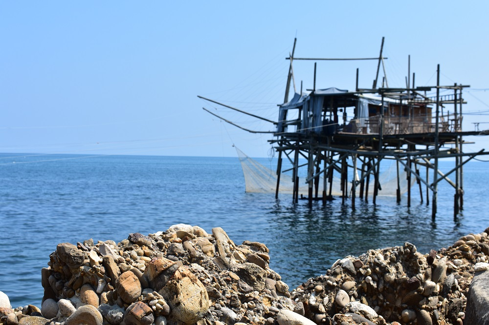 Trabocco lungo la costa abruzzese